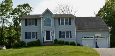 Stonington Single Family Home For Sale: 32 Croft Court