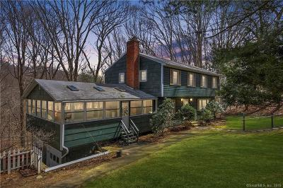 Trumbull Single Family Home For Sale: 5 Academy Road
