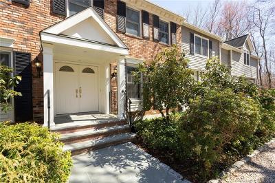 Redding Single Family Home For Sale: 38 Deacon Abbott Road