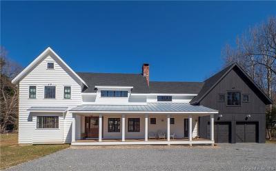 Weston Single Family Home For Sale: 17 Davis Hill Road