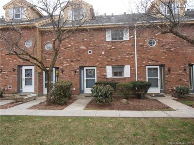 North Haven Condo/Townhouse For Sale: 1400 Hartford Turnpike #25