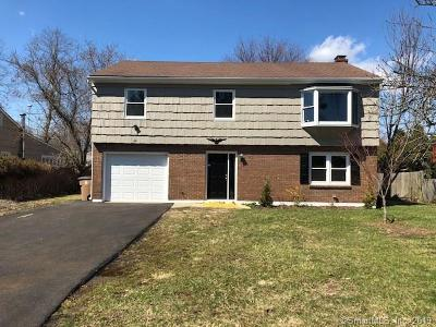 Fairfield County Single Family Home For Sale: 42 Lanell Drive