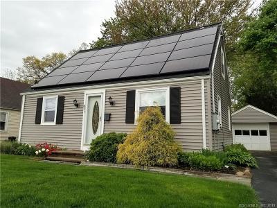 Meriden Single Family Home For Sale: 431 Parker Avenue South