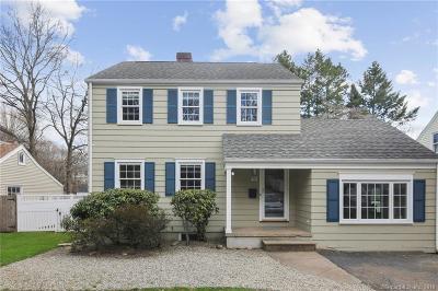 Norwalk Single Family Home For Sale: 46 Bartlett Avenue