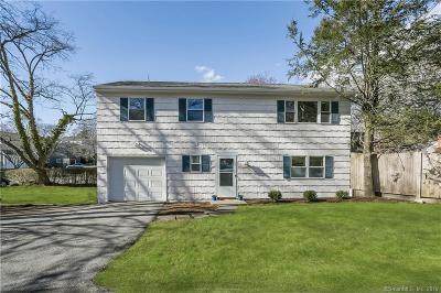 Norwalk Single Family Home For Sale: 15 Woodbine Street