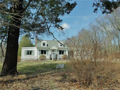 Coventry Single Family Home For Sale: 130 Bunker Hill Road
