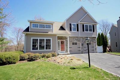 Stamford Single Family Home For Sale: 65 Macarthur Lane #4