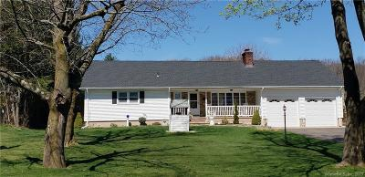 North Haven Single Family Home For Sale: 1198 Hartford Turnpike