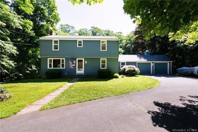 Middletown Single Family Home For Sale: 85 Oakcliff Road