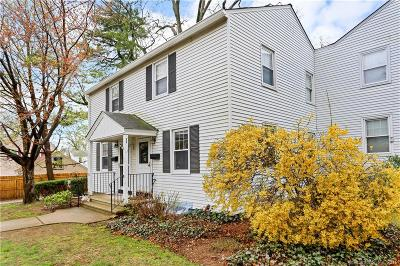 Stamford Condo/Townhouse For Sale: 149 Sylvan Knoll Road