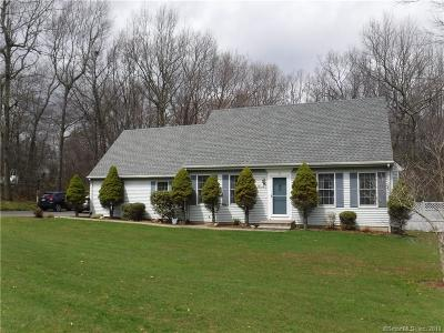 Wolcott CT Single Family Home For Sale: $275,000