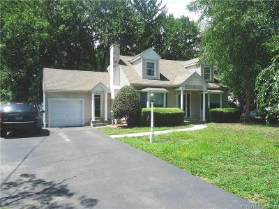 Stamford Single Family Home For Sale: 74 Birchwood Road