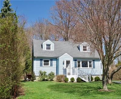 Fairfield Single Family Home For Sale: 76 Country Road
