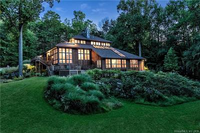 Ridgefield Single Family Home For Sale: 258 West Mountain Road