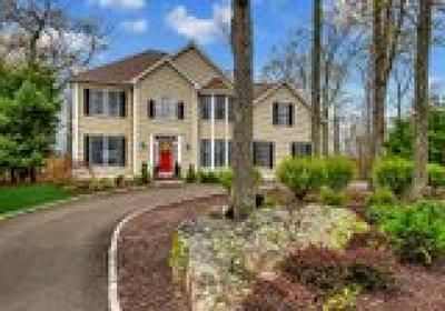 Monroe Single Family Home For Sale: 22 Horizon Court