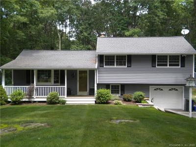 Wolcott Single Family Home For Sale: 18 Evers Drive