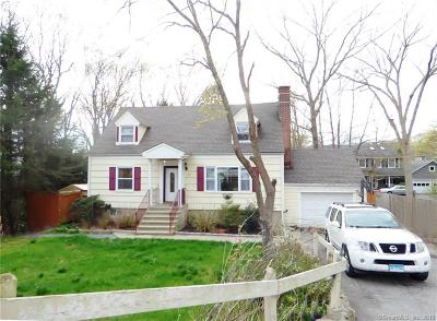 Stamford Single Family Home For Sale: 112 Willard Terrace