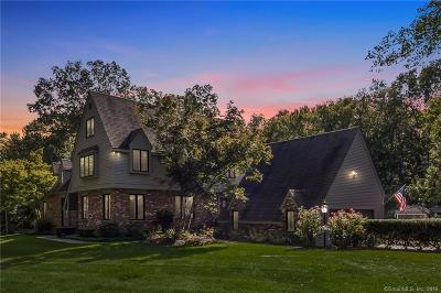 Madison Single Family Home For Sale: 77 Strawberry Hill Road