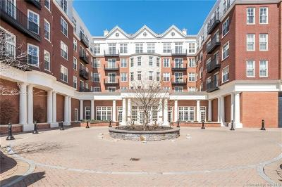 West Hartford Condo/Townhouse For Sale: 85 Memorial Road #305