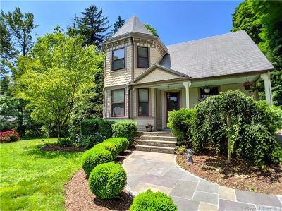 Norwalk Single Family Home For Sale: 47 Comstock Hill Avenue