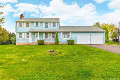 South Windsor Single Family Home For Sale: 53 Carson Way