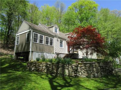 Wilton Single Family Home For Sale: 5 Oak Ledge Lane