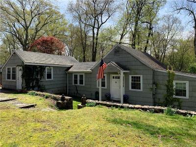 Norwalk Single Family Home For Sale: 51 Rampart Road