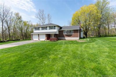Newington Single Family Home For Sale: 71 Fenn Road