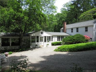 Norwalk Single Family Home For Sale: 6 Topping Lane