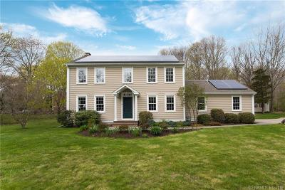 Stonington Single Family Home For Sale: 11 Dunns Court