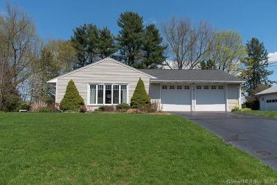 Cheshire Single Family Home For Sale: 466 Juniper Lane
