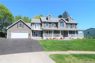 Milford CT Single Family Home For Sale: $549,999