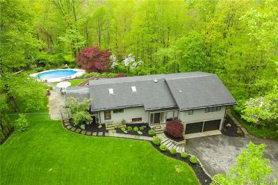 Ridgefield Single Family Home For Sale: 70 Lee Road