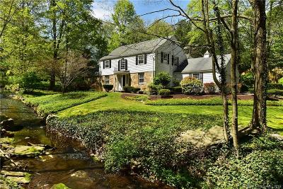 West Hartford Single Family Home For Sale: 66 Hunter Drive