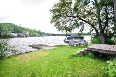 Goshen Single Family Home For Sale: 138 Sandy Beach Rd