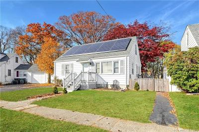 Milford CT Single Family Home For Sale: $222,386