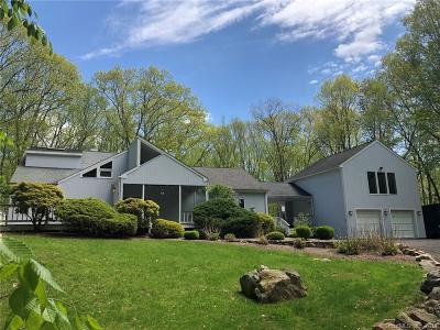 Weston Single Family Home For Sale: 17 Steep Hill Road
