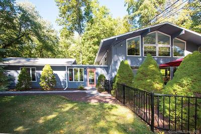 Ridgefield Single Family Home For Sale: 141 Florida Hill Road