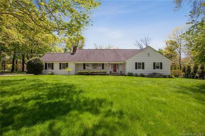 Darien Single Family Home For Sale: 4 Stanton Road