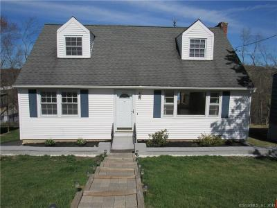 Brookfield Single Family Home For Sale: 7 Clearview Drive