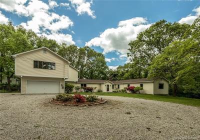 Norwalk Single Family Home For Sale: 7 Butternut Lane