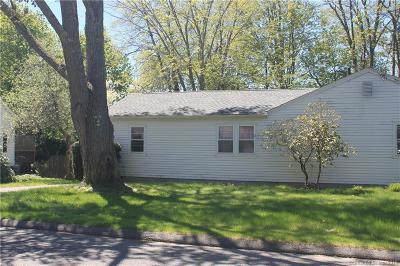 Torrington Single Family Home For Sale: 176 Clearview Avenue
