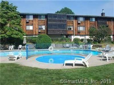 Stamford Condo/Townhouse For Sale: 154 Cold Spring Road #38
