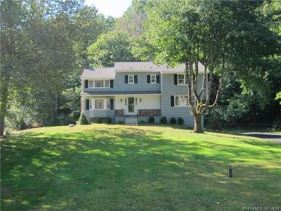Ridgefield Single Family Home For Sale: 9 Chipmunk Lane
