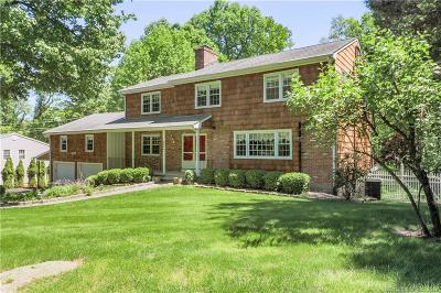 Stamford Single Family Home For Sale: 186 Briar Brae Road