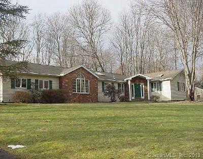 Norwalk Single Family Home For Sale: 27 Redcoat Road