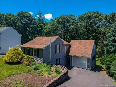 Middlebury Single Family Home For Sale: 126 Country Club Road
