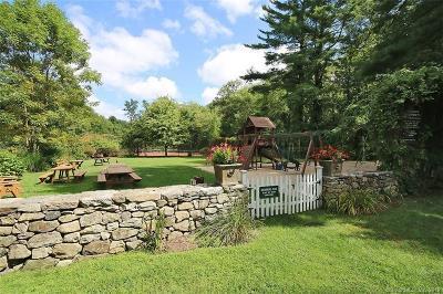 Weston Single Family Home For Sale: 15 Bridge Road