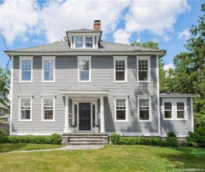 Simsbury Single Family Home For Sale: 24 Massaco Street