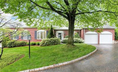 New Canaan Condo/Townhouse For Sale: 51 Bank Street #39